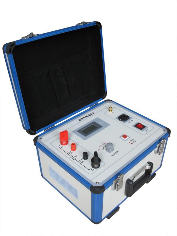 一、概述 以前,电力系统中普遍采用常规的QJ44型双臂直流电桥测量变压器线圈的直流电阻、高压断路器的接触电阻,而这类电桥的测试电流仅为mA级,难以发现变压器线圈导电回路导体截面积减少的缺陷。在测量高压开关导电回路接触电阻时,由于受到油膜和动静触头间氧化层的影响,测量偏差大,掩盖了真实的接触电阻值。因此,电力部标准SD301-88《交流500KV电气设备交接和预防试验规程》和新版《电气设备预防性试验规程》对断路器、隔离开关接触电阻的测量电流作出不小于直流100A的规定,以保证准确度。 本回路电阻测试仪采用微